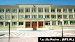 Azərbaycan məhkəmə