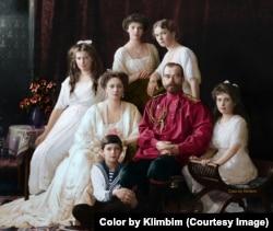 Царская семья. Фото 1914 года