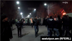 Armenia - Riot police clash with protesters near the Russian consulate in Gyumri, 15 Jan, 2015