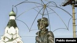 Памятник Энди Уорхолу, поселок Медзилаборце (Словакия) Фото: www.tvnoviny.sk