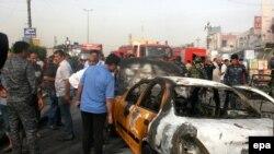 На месте теракта в Багдаде 25 апреля 2016 года