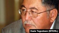 «Жас Алаш» газетінің бас редакторы Рысбек Сәрсенбайұлы. Алматы, 23 қазан 2012 жыл.