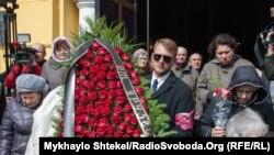 На похоронах Дениса Вороненкова, бывшего депутата Госдумы России, убитого в Киеве. 25 марта 2017 года.