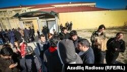 Активисты азербайджанской молодежной организации NIDA.