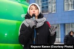 Депутат совета депутатов города Новосибирска Наталья Пинус на митинге