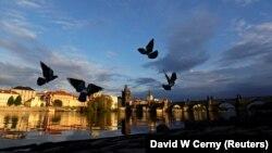 Pragë, Çeki