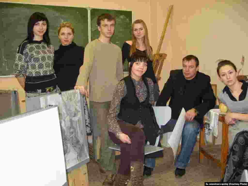 Під час навчання у Мінському державному архітектурно-будівельному коледжі