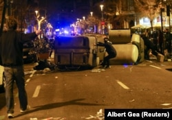 Акция каталонских сепаратистов в Барселоне. Март 2018 года
