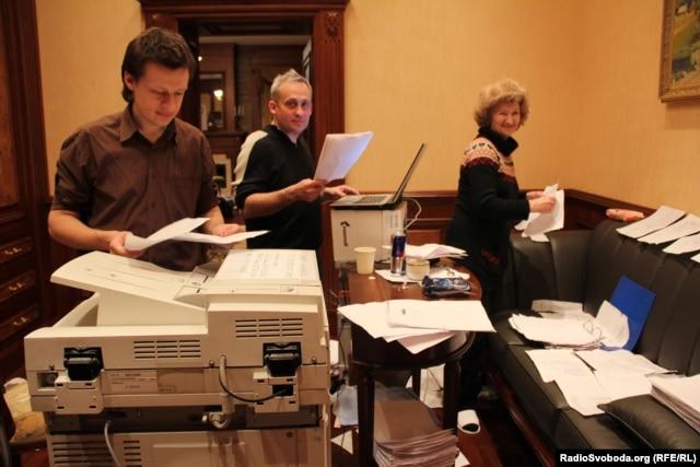 Команда «ЯнуковичЛікс» за роботою (архівне фото)