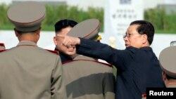 Егзекутираниот Џанг Сонг Тек.