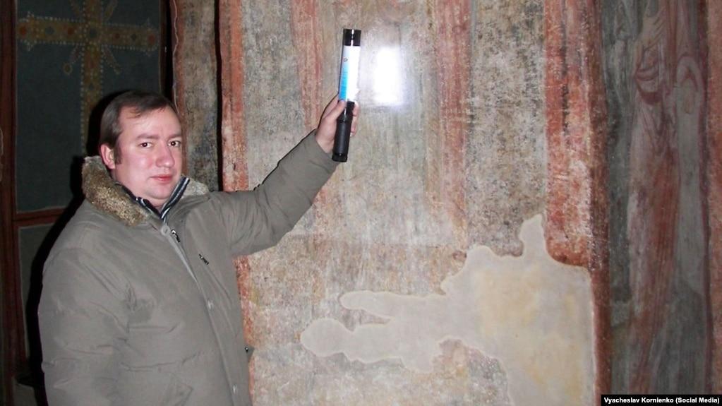 Заступник директора Національного заповідника «Софія Київська», дослідник графіті В'ячеслав Корнієнко