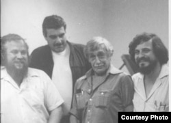 Петр Вайль, Сергей Довлатов, Виктор Некрасов, Александр Генис. Нью-Йорк. 1980