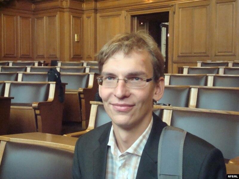 Переводчик Артур Тетцлафф. Гамбург, 21 сентября 2009 года.