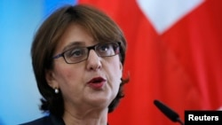 Georgia -- Georgian Foreign Minister Maya Panjikidze speaks during a news briefing in Tbilisi November 5, 2014
