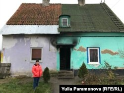 Сгоревший дом Елены Рогожиной