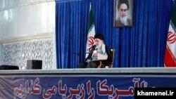 رهبر جمهوری اسلامی میگوید که ایران در بخش نظامی تا حدود زیادی به بازدارندگی در زمینه برنامه موشکی رسیده است.