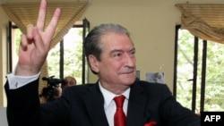 Tiranë - Kryeministri në largim i Shqipërisë Sali Berisha