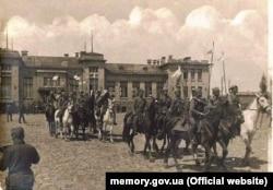 Вступ 1-го Запорізького пішого полку імені гетьмана Дорошенка до Бахмута, квітень 1918 року