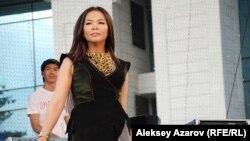Кыргызская певица Гульзада выступает на фестивале этнической музыки The spirit of Tengri. Алматы, 7 июня 2014 года.