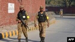 Сотрудники сил безопасности Пакистана.