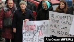 PAS şi PPDA au protestat la ANRE cerând micşorarea tarifelor la gaze