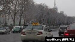 Аҳолиси сони 3 миллиондан ошадиган шаҳарда эса 9000 атрофида таксига эҳтиёж бор.