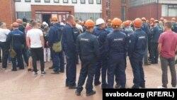 Рабочыя «Нафтану і «Паліміру» ў Наваполацку выйшлі на страйк, 14 жніўня