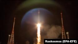 Старт ракеты-носителя «Союз-2.1б» со спутниками связи OneWeb. Байконур, 7 февраля 2020 года.