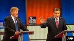 Дональд Трамп і Тэд Круз у часе прэзыдэнцкіх дэбатаў