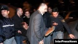 """პოლიციამ ტელეკომპანია """"კავკასიაში"""" მომხდარი ფიზიკური დაპირისპირების რამდენიმე მონაწილე დააკავა"""