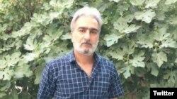 بنابر گزارشها، مأموران امنیتی عباس واحدیان شاهرودی را در منزلش در مشهد بازداشت کردهاند