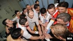 Претседателот Ѓорге Иванов им ја честита победата на ракометарите кои во Белград ја совладаа Полска со 27-25 на ЕП во Србија на 23 јануари 2012 година.