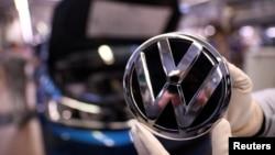 """Фолксваген"" иска да построи завод за милиард евро в Източна Европа"