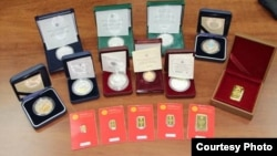 Коллекционные монеты Национального банка Кыргызсстана.