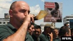 Protesti nišićkih rudara u Podgorici, 12. juli 2010, Foto: Savo Prelević