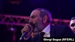 Лидерот на опозицијата во Ерменија Никол Пашинијан
