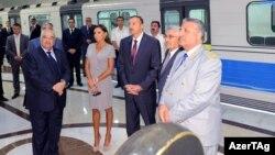 """İlham Əliyev """"Dərnəgül"""" stansiyasının açılışı zamanı"""