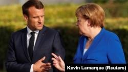 Presidenti i Francës, Emmanuel Macron, dhe kancelarja gjermane, Angela Merkel.