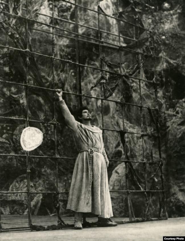 Опэра «Джардана Бруна» (Сяргей Картэс). Уладзімер Іваноўскі — Джардана Бруна, 1977