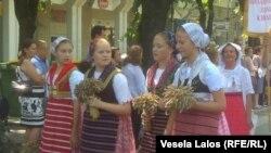 Pripadnice nacionalne manjine Bunjevci u tradicionalnoj nošnji, Subotica, fotoarhiv