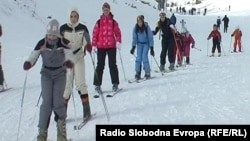Скијање на Попова Шапка.