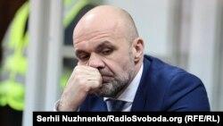За рішенням суду, Владислав Мангер має перебувати під вартою до 3 березня або внести заставу в розмірі майже 2,5 мільйона гривень