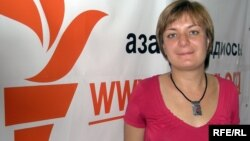 Аспирантка Мичиганского университета Анна Генина в бюро радио Азаттык.