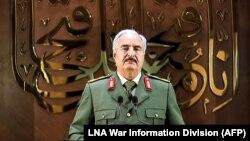 Генерал Халифа Ҳафтар.