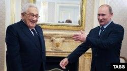 Встреча Генри Киссинджера и Владимира Путина в 2012 году