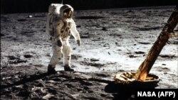 Эдвин Олдрин, участник первой высадки землян на Луне, 20 июля 1969 года