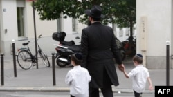 يهوديان ترکيه که در شمار يهوديان «سفاراديک» (شرقی تبار) هستند، ريشه در اسپانيا دارند.