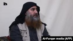 Предположительно, Абу Бакр аль-Багдади на видеозаписи 29 апреля