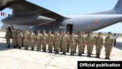 На снимке: подразделение миротворцев из Азербайджана