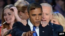 Obama sa svojim pristalicama slavi izbornu pobedu